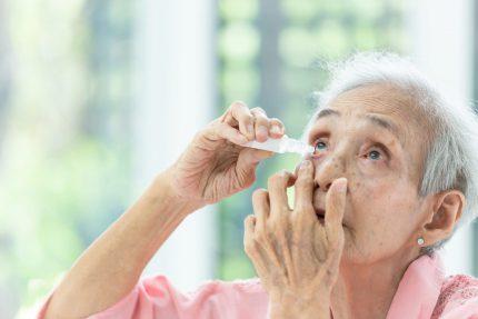 Bị kết hợp bệnh đáy mắt và đục thủy tinh thể sẽ khó cải thiện thị lực
