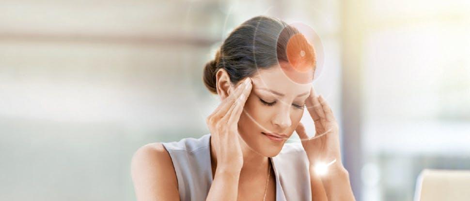 Chứng đau nửa đầu cũng có thể gây mắt mờ đột ngột