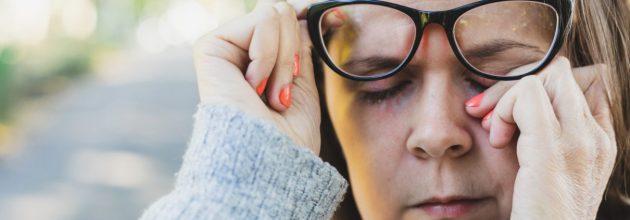 Lão hóa mắt có thể gây khô mắt