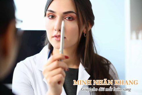 Luyện tập mắt chữa cận thị với bút chì
